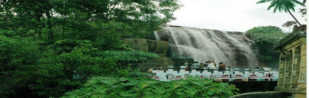 Olakuruvi ( Ullakaarvi) Falls