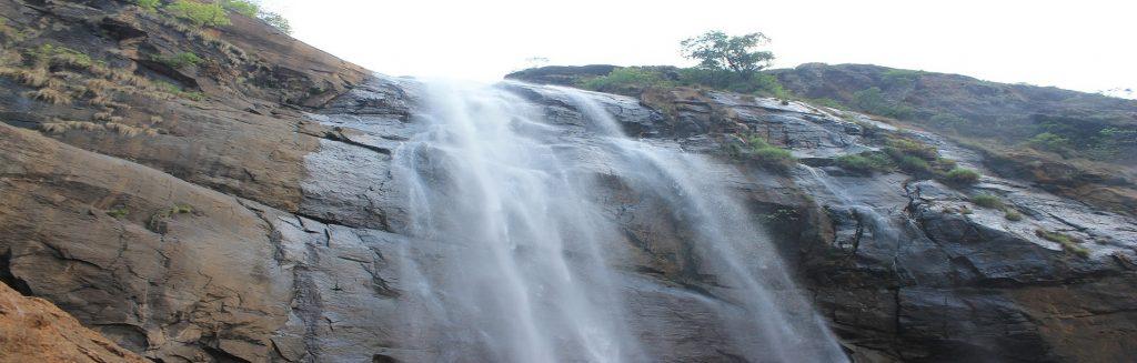 Pulianyancholai Falls